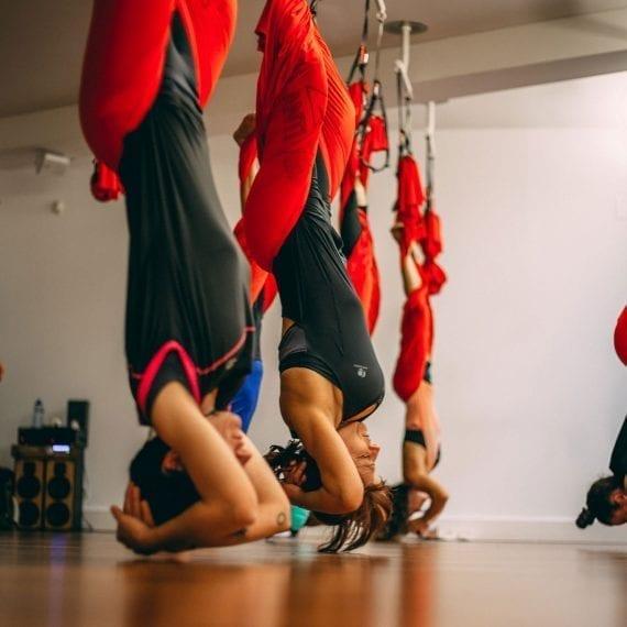 Yoga Aereo Vilanova i la Geltrú