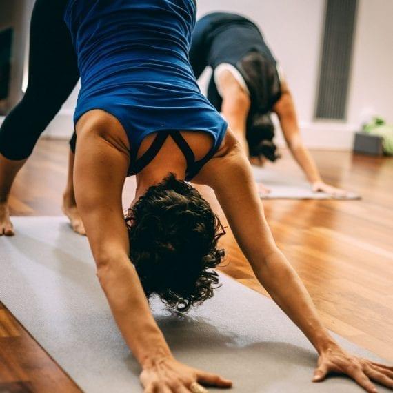Yoga Ashtanga en Aqua